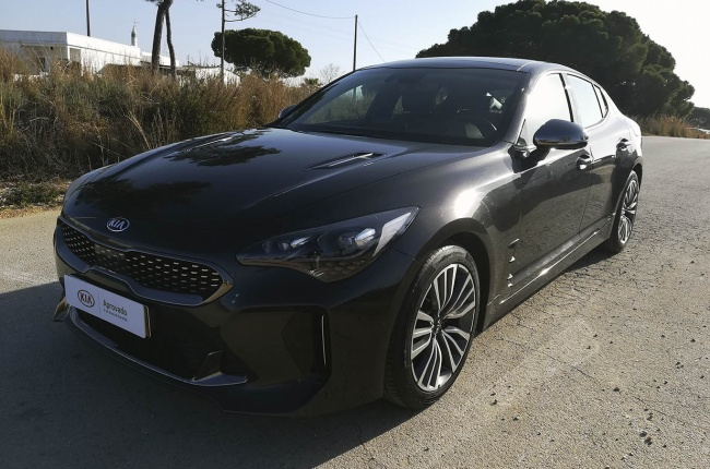 Kia Stinger 2.2 CRDI 8AT GT LINE