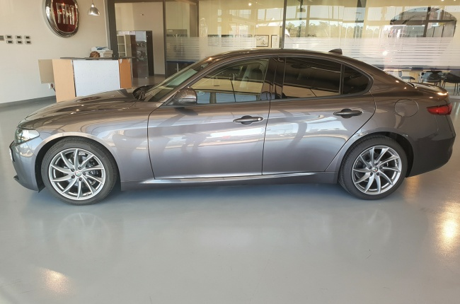 Alfa Romeo Giulia 2.2 TD 180CV Super AT8