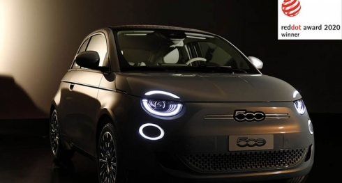 "Novo Fiat 500 conquista o ""Red Dot Award 2020"""